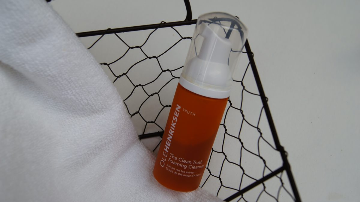 OLE HENDRIKSEN The Clean Truth foaming cleanser