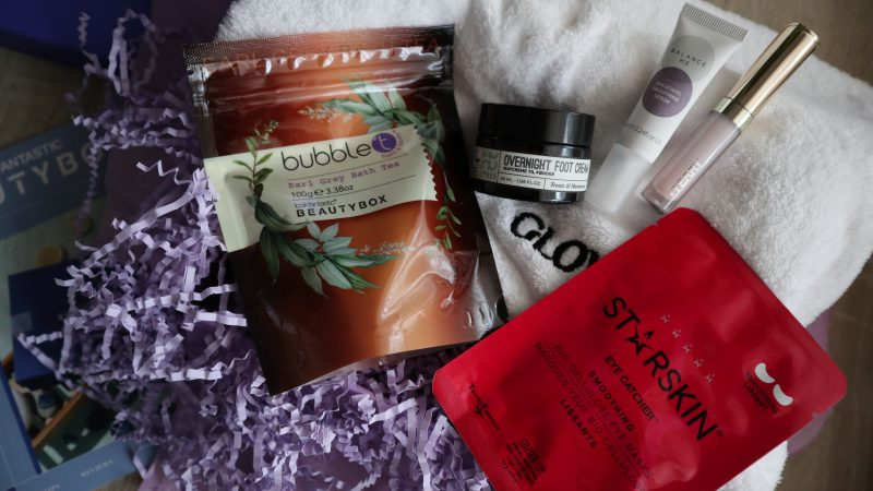 Ce contine Lookfantastic Beauty Box din Octombrie?